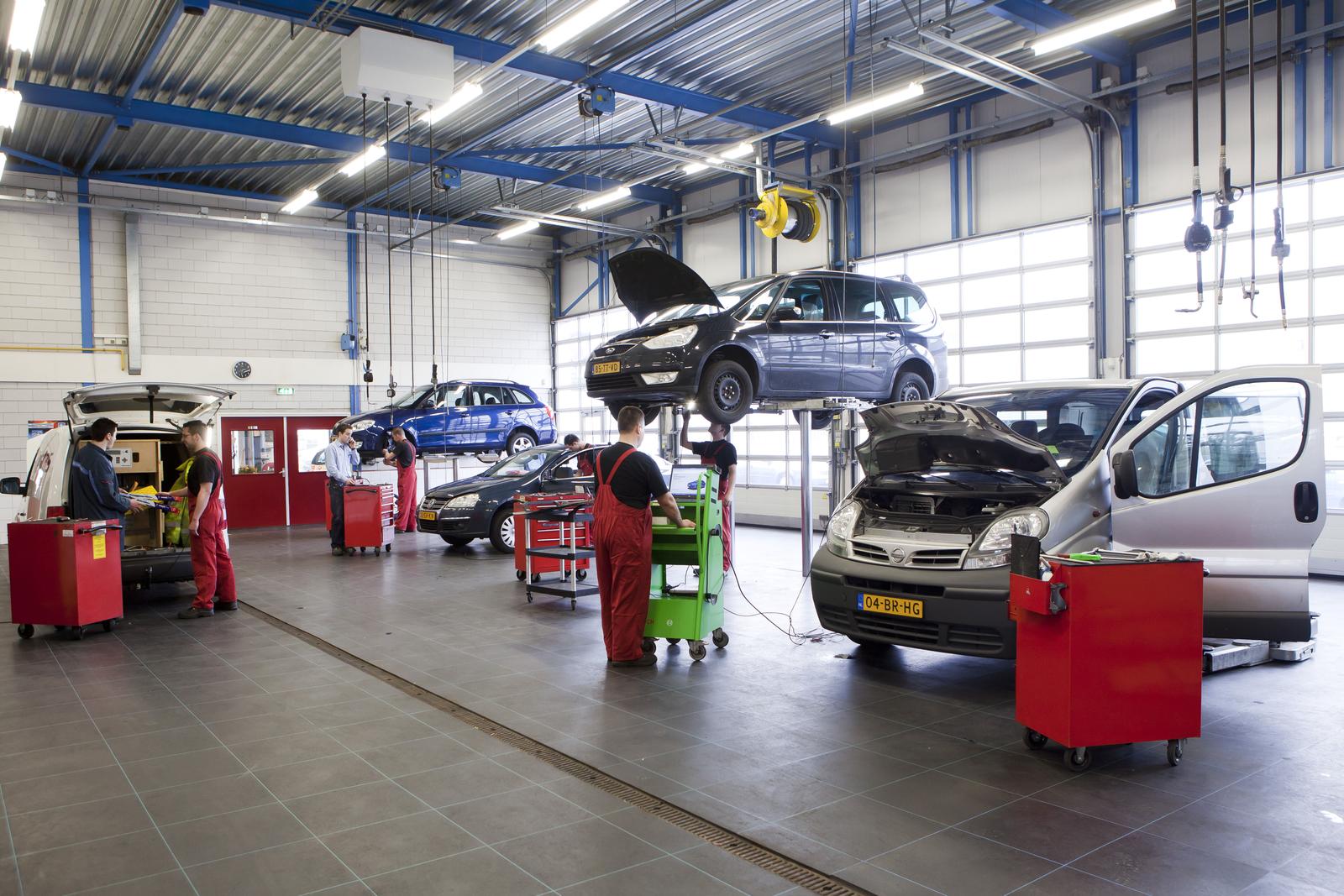 Autobedrijven positief over resultaten eerste helft 2016