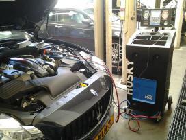 Klanten technische centrale voorbereid op nieuw for Auto interieur reinigen eindhoven