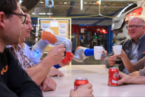 Ford: Robot en mens werken samen