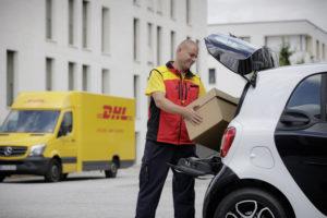 DHL test bezorgen in kofferbak met Smart
