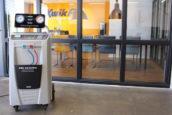Dometic levert aircoserviceapparatuur aan KwikFit