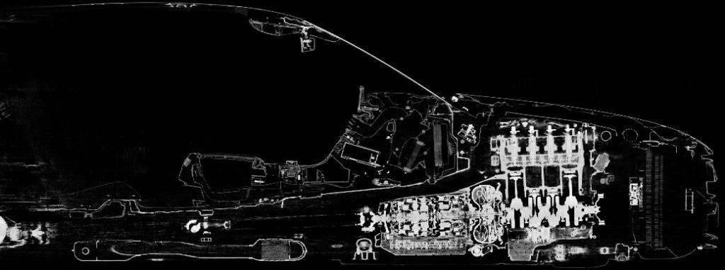 Crashtest in Röntgen Mercedes-Benz