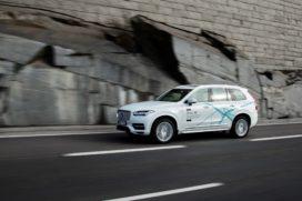 Eerste level 4 autonoom rijdende Volvo in 2021 op de weg