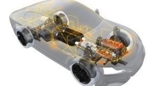 Waterstoftank Middenin een indrukwekkend overzicht van wat DSM allemaal aan automotive kunststof delen kan maken twee waterstoftanks, al hebben die weinig te zoeken bij een verbrandingsmotor.