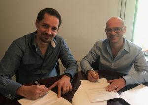 Ondertekening, met Peter Kuijpers en Erik Wieberdink CSW-Software