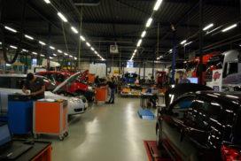 De eindstrijd van 'Bedrijfs-' en 'Autotechnicus van de Toekomst': Technisch talent aan het werk