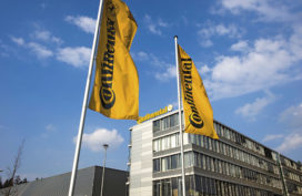 Continental denkt na over eigen accufabriek